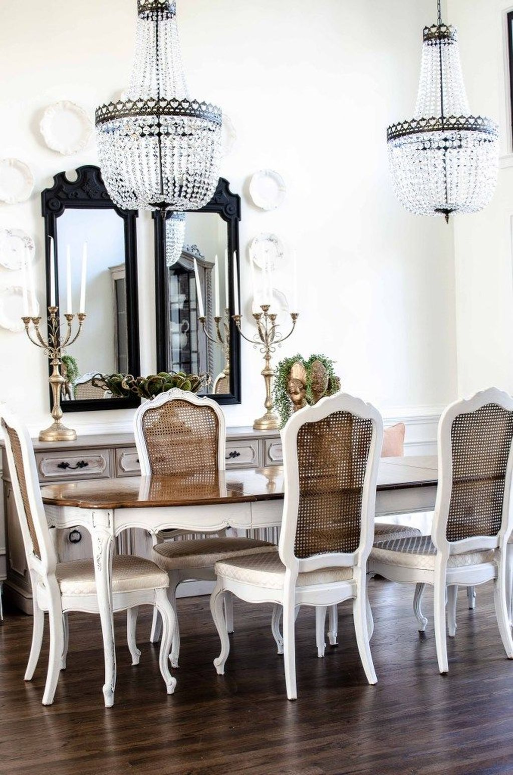 Brilliant French Dining Room Decor Ideas 13
