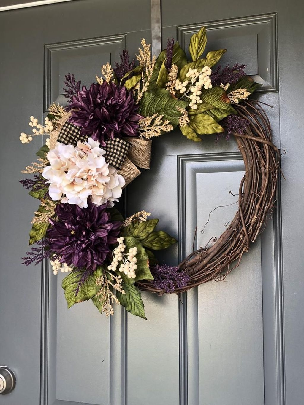 Brilliant Spring Door Wreaths Design Ideas 07