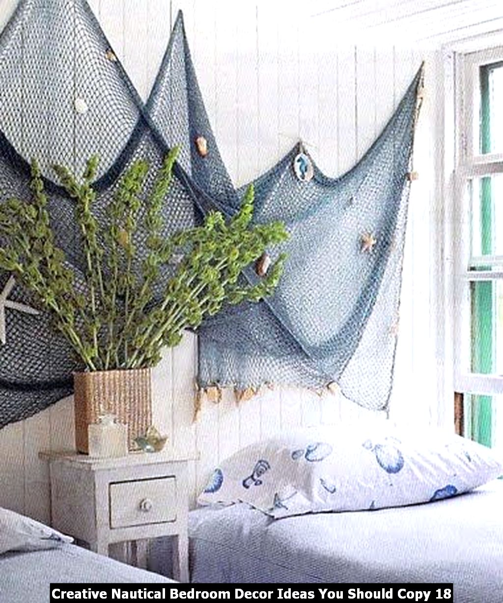 Creative Nautical Bedroom Decor Ideas You Should Copy 18