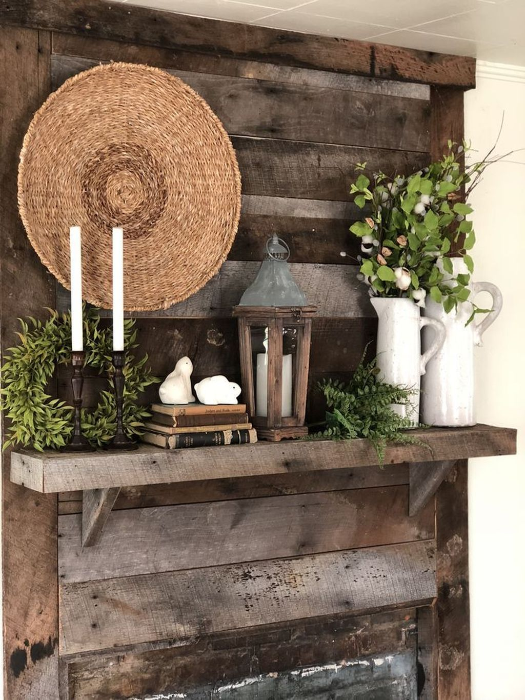 Fascinating Spring Farmhouse Decor Ideas You Should Copy 24