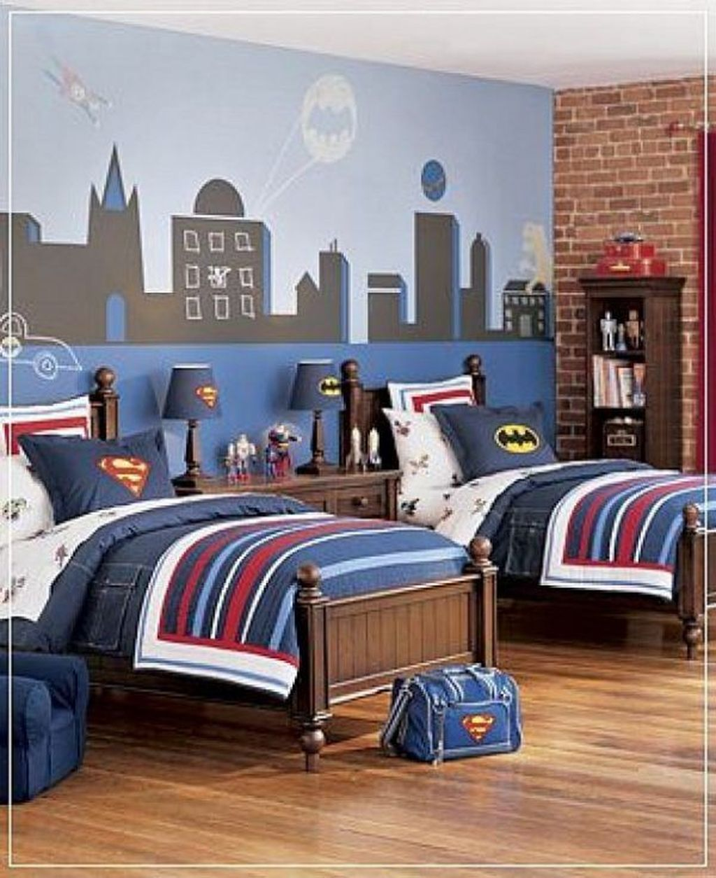 Fascinating Superhero Theme Bedroom Decor Ideas 10