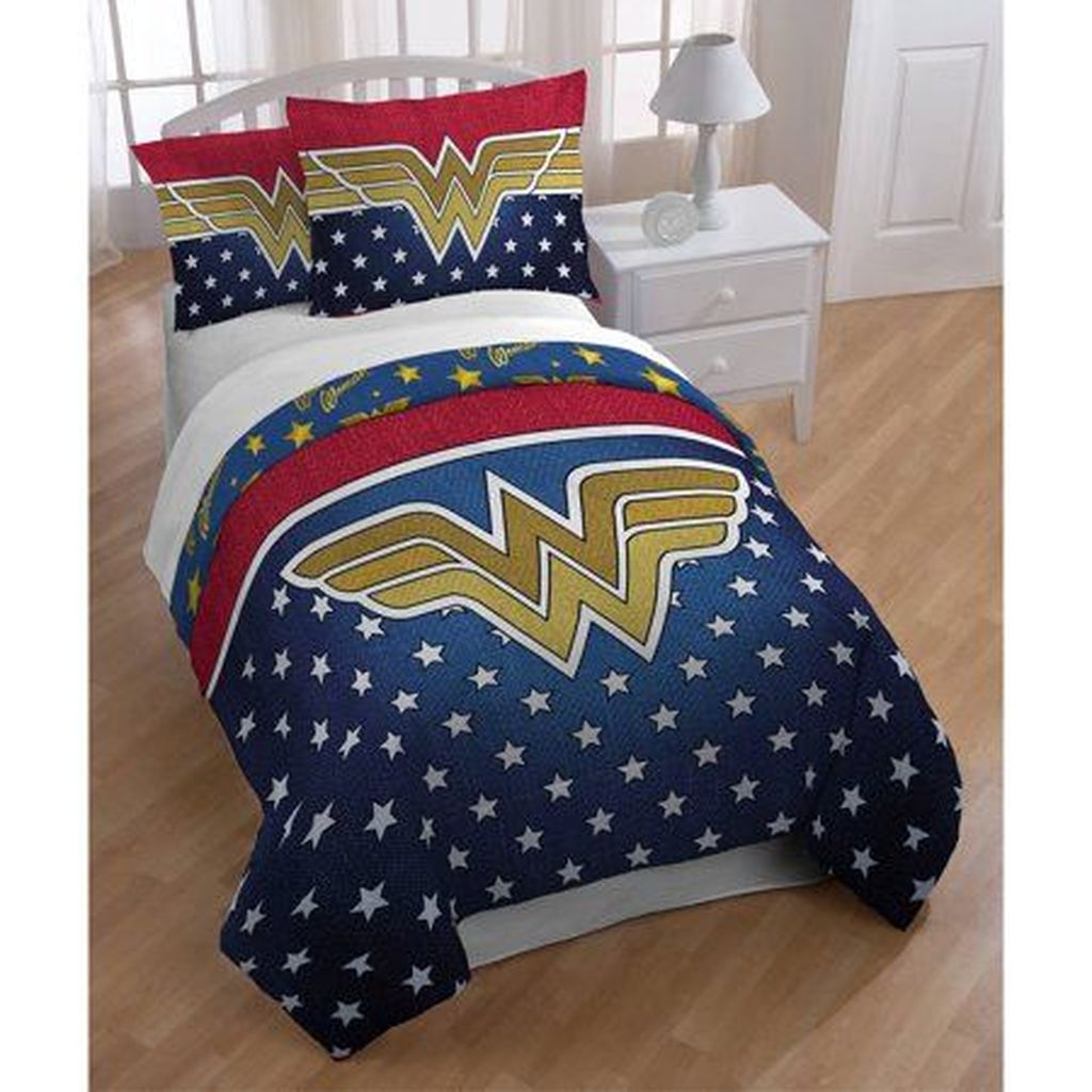 Fascinating Superhero Theme Bedroom Decor Ideas 21