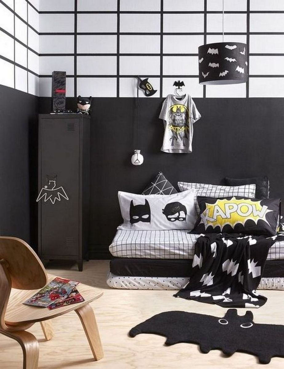 Fascinating Superhero Theme Bedroom Decor Ideas 23