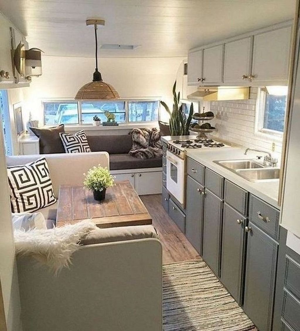 Gorgeous RV Camper Storage Ideas For Spring And Summer Holiday 33