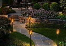 Inspiring Beautiful Front Yard Landscaping Ideas 30