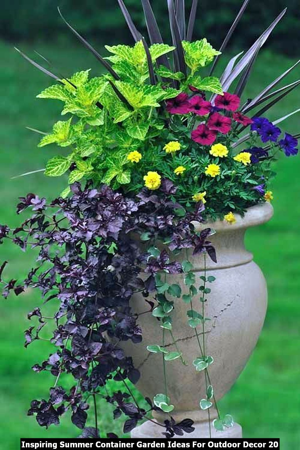 Inspiring Summer Container Garden Ideas For Outdoor Decor 20