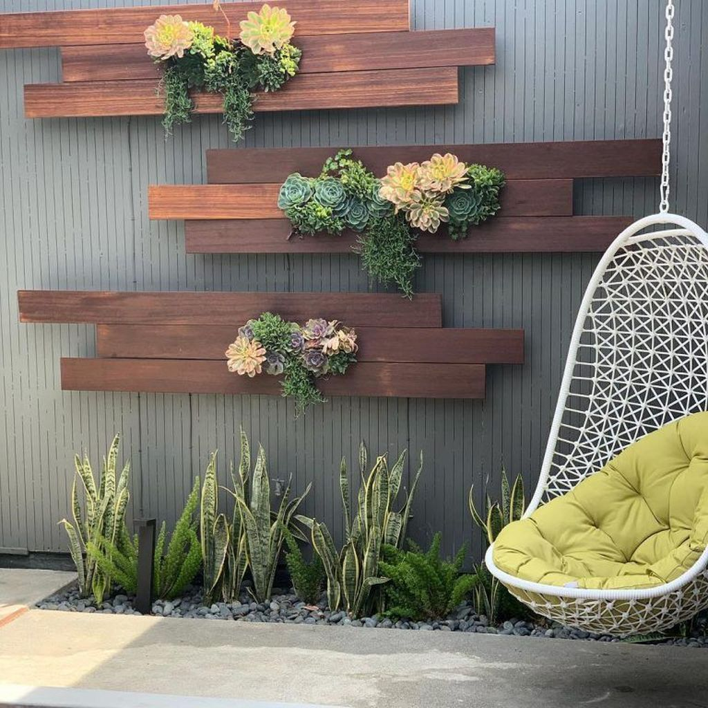 Popular Vertical Garden Wall For Outdoors Decor 01
