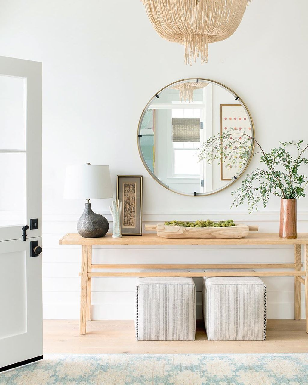 Stylish Console Table Design Ideas You Must Have 31
