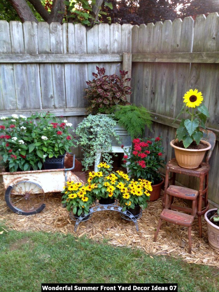 Wonderful Summer Front Yard Decor Ideas 07