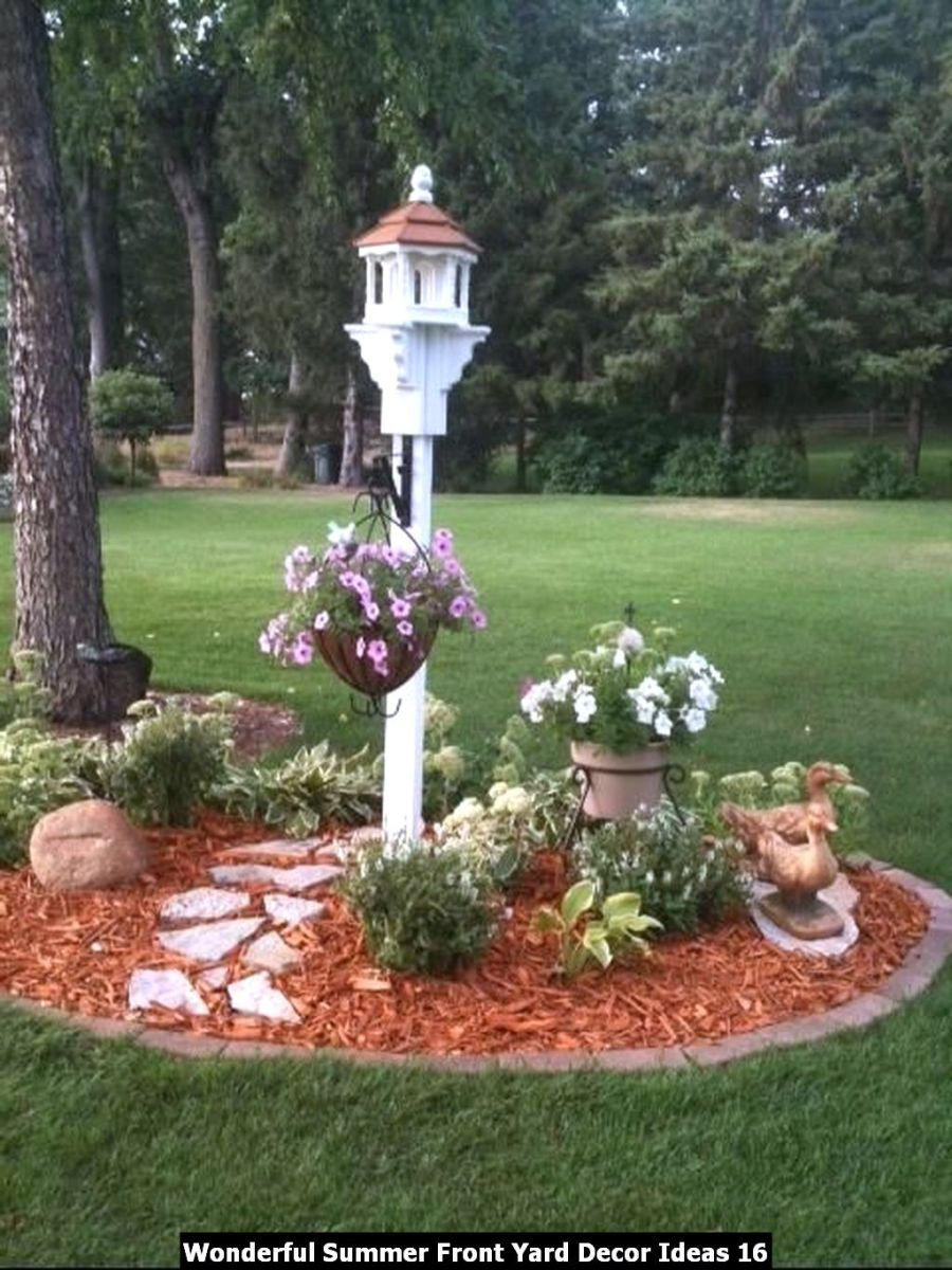 Wonderful Summer Front Yard Decor Ideas 16