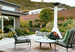 Mid Century Modern Backyard