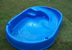 Little Tikes Swimming Pool
