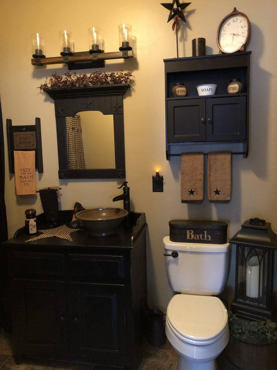 Primitive Bathroom Decor