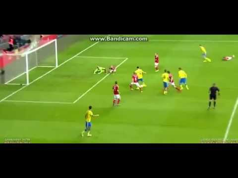 Ibrahimovic Epic Miss goal in Denmark vs Sweden 28-5-2014 – YouTube