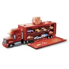 Camion transporteur MACK de Cars 2 Mattel