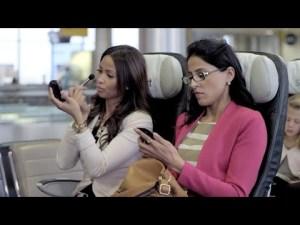 WestJet #SmartSeats: des siéges connectés qui vous emmènent ou vous voulez – YouTube