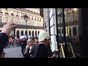1er acheteur de l'iPhone 6s à l'Apple Store Opéra – France – Johnathan de Belgique – YouTube