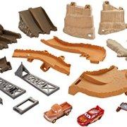 Mattel-Disney-Cars-fcv94--Cars-3-minuit-Saut-Track-Set-0-5