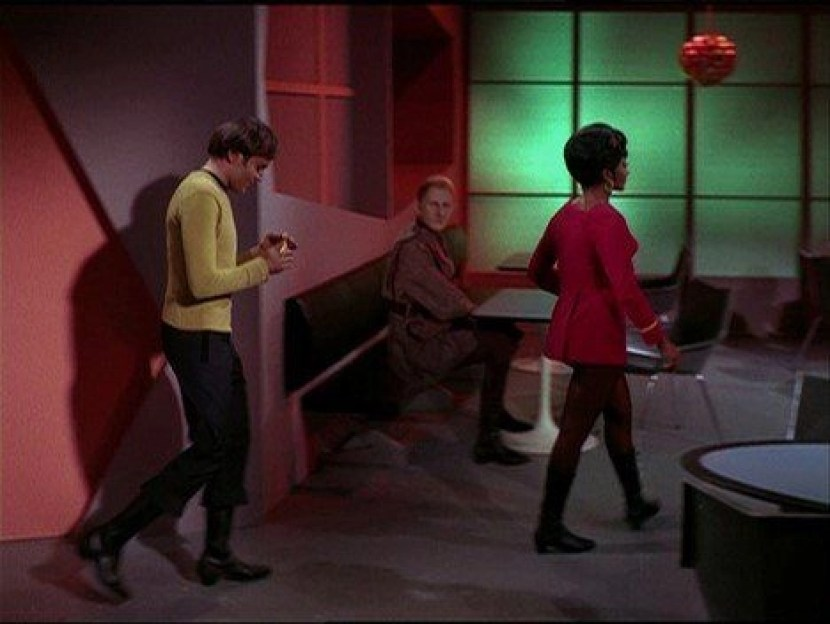 Tribbles 9 Chekov and Uhura enter A blog for the love of Pinterest