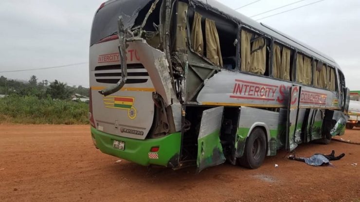 11 Dead And Over 80 Passengers Seriously Injured As Cargo Truck Crashes Into 2 Buses At Kyekyewere Whilst On Their Way To Accra (Photos) 23