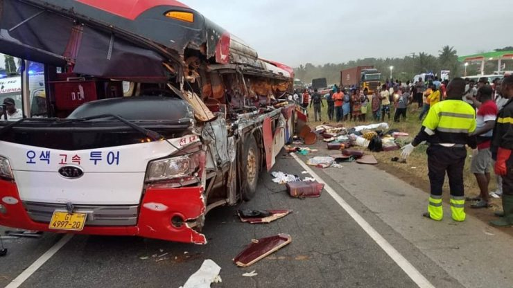 11 Dead And Over 80 Passengers Seriously Injured As Cargo Truck Crashes Into 2 Buses At Kyekyewere Whilst On Their Way To Accra (Photos) 24