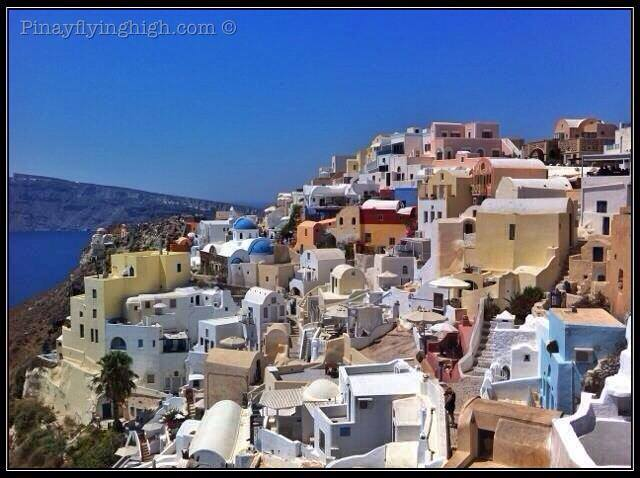 Houses in Oia Santorini
