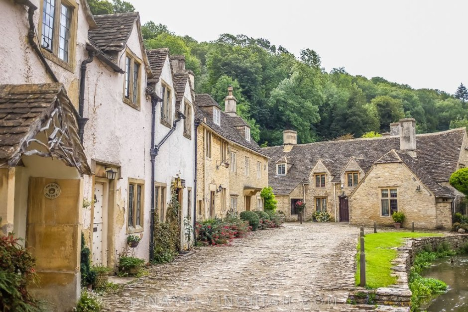 Medieval houses in Castle Combe along the Bybrook.