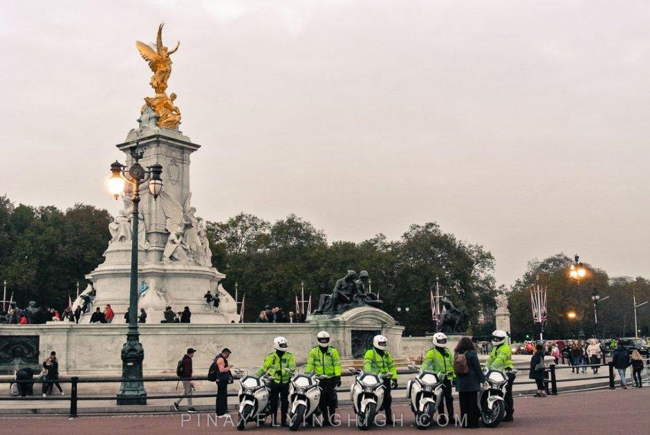 Victoria Memorial, London - PinayFlyingHigh.com-7