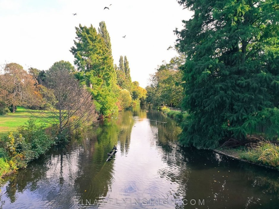 Hammersmith and Chiswick Walk, London, England