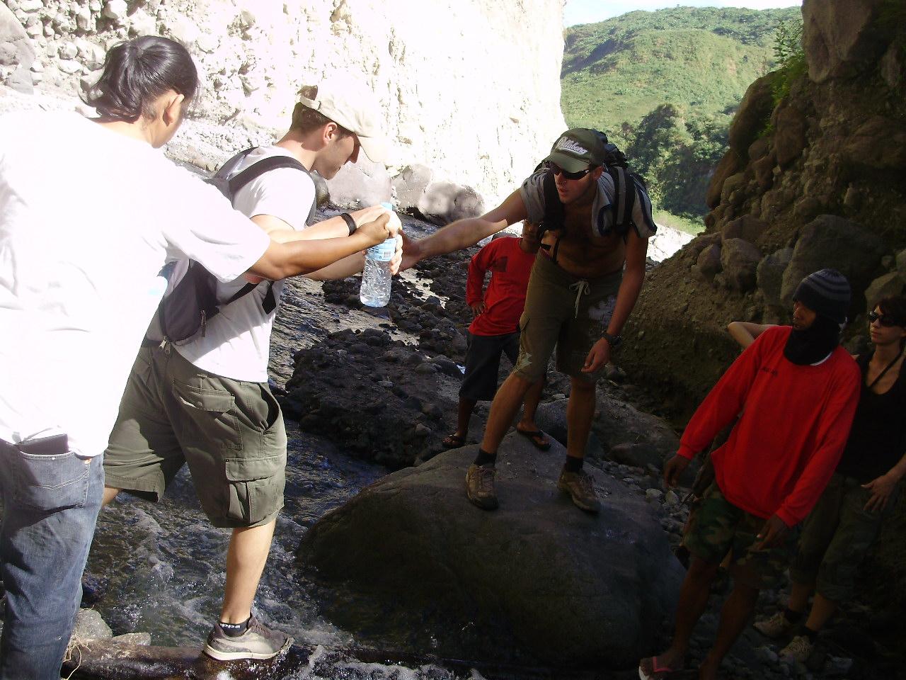 pinatubo-trekking12