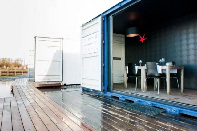sleeping-around-container-hotel-13