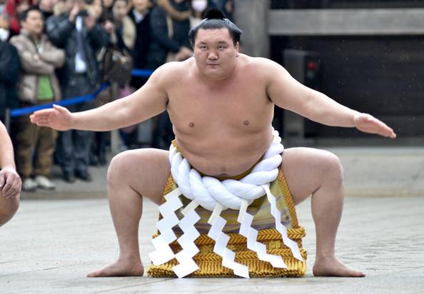Hakuho seigneur et maître du Sumo
