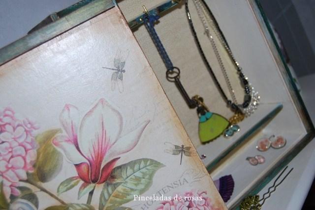 Caja-cuelga-collares (18)