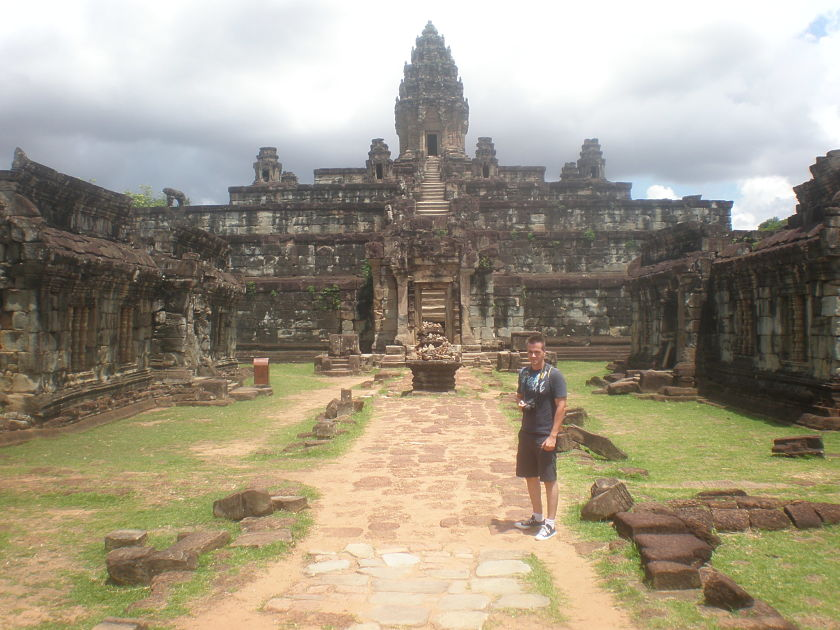 Diario Camboya – Julio 2013: Día 2: Circuito Grande (Preah Khan, Neak Pean, Ta Som, East Mebon, Pre Rup) + Grupo Roulous