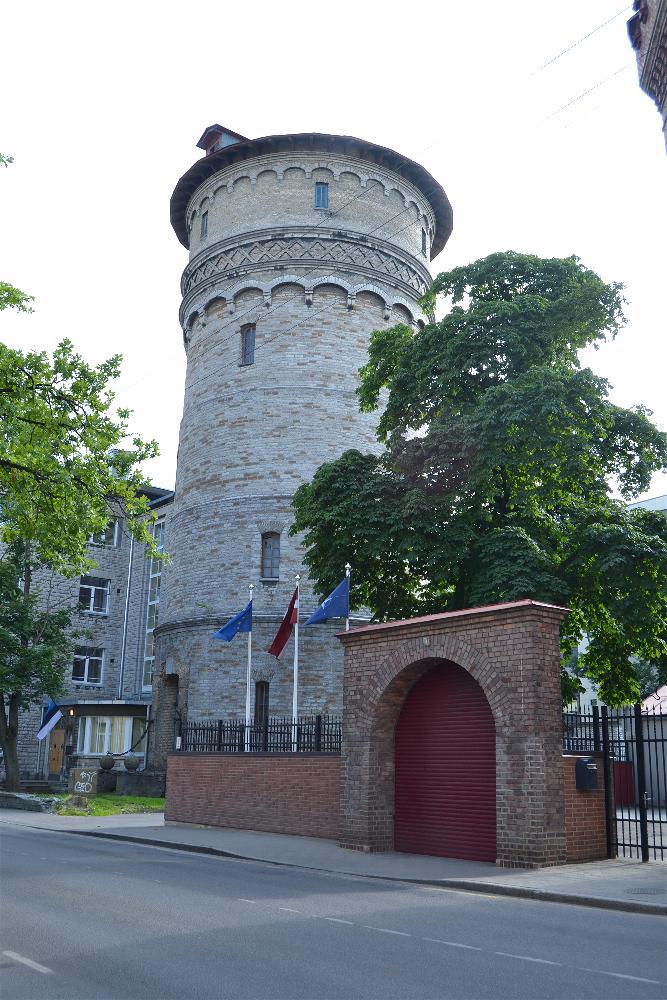 Lati-suursaatkond, Tallin, Estonia