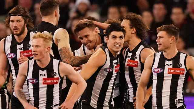 Midweek Magpie – Never a frown with Gold and Brown