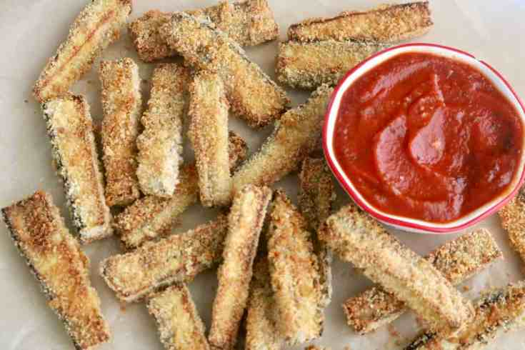 Easy Baked Eggplant Fries, crispy gluten-free outer layer with a silky soft and smooth eggplant inner layer all baked to perfection and matched with marinara sauce. Ready in 25 minutes and so DELICIOUS! #bakedeggplantfries, #easyeggplantrecipe, #glutenfreerecipe, #eggplant