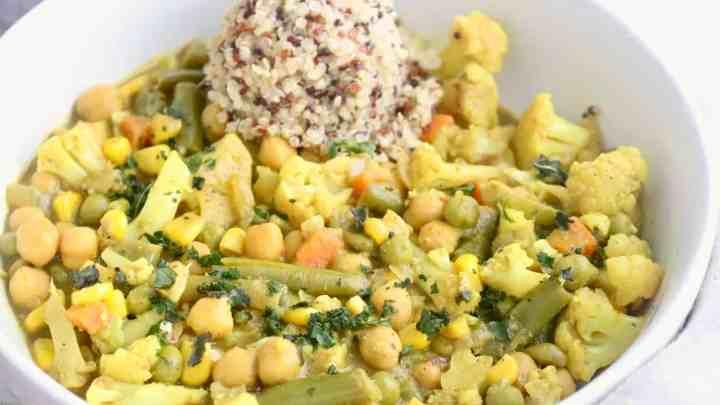 Vegan Coconut Vegetable Curry