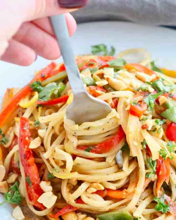 Fork spinning Vegetable Pad Thai