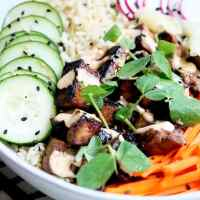 Spicy Deconstructed Sushi Bowl - Vegan