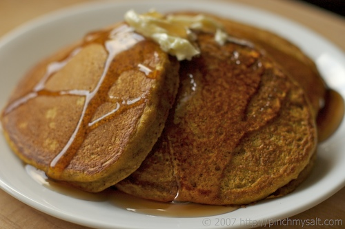 Whole Grain Pumpkin Pancakes