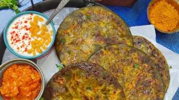 Palak paneer paratha (Spinach Cottage Cheese Paratha)