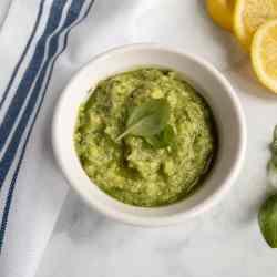 healthy avocado Pesto
