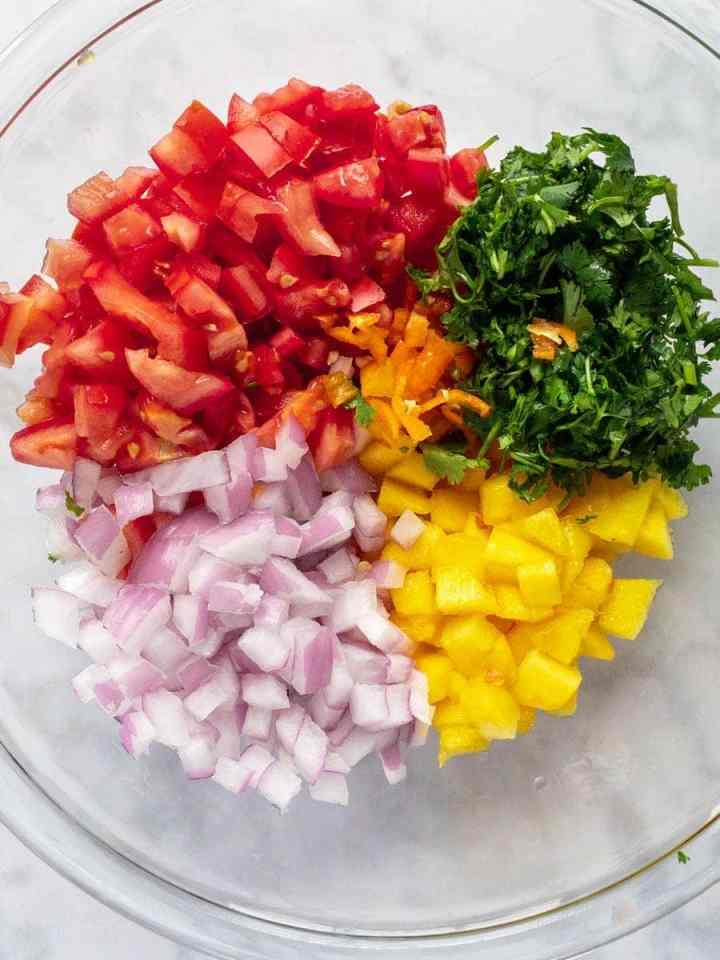 How-to-make-peach-habanero-salsa