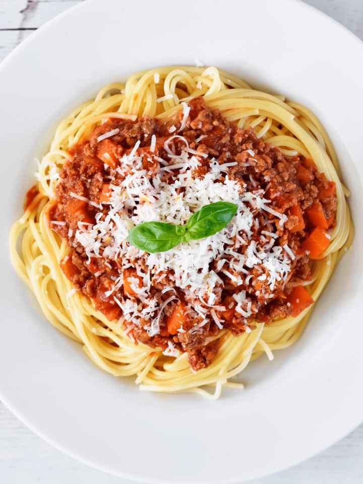 Healthy-spaghetti-and-meat-sauce