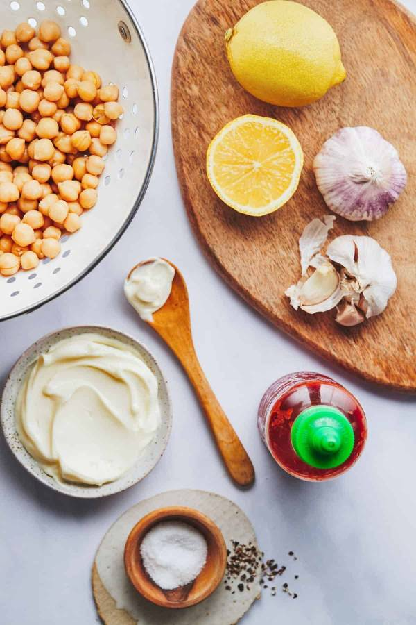 Ingredients for chickpea salad.
