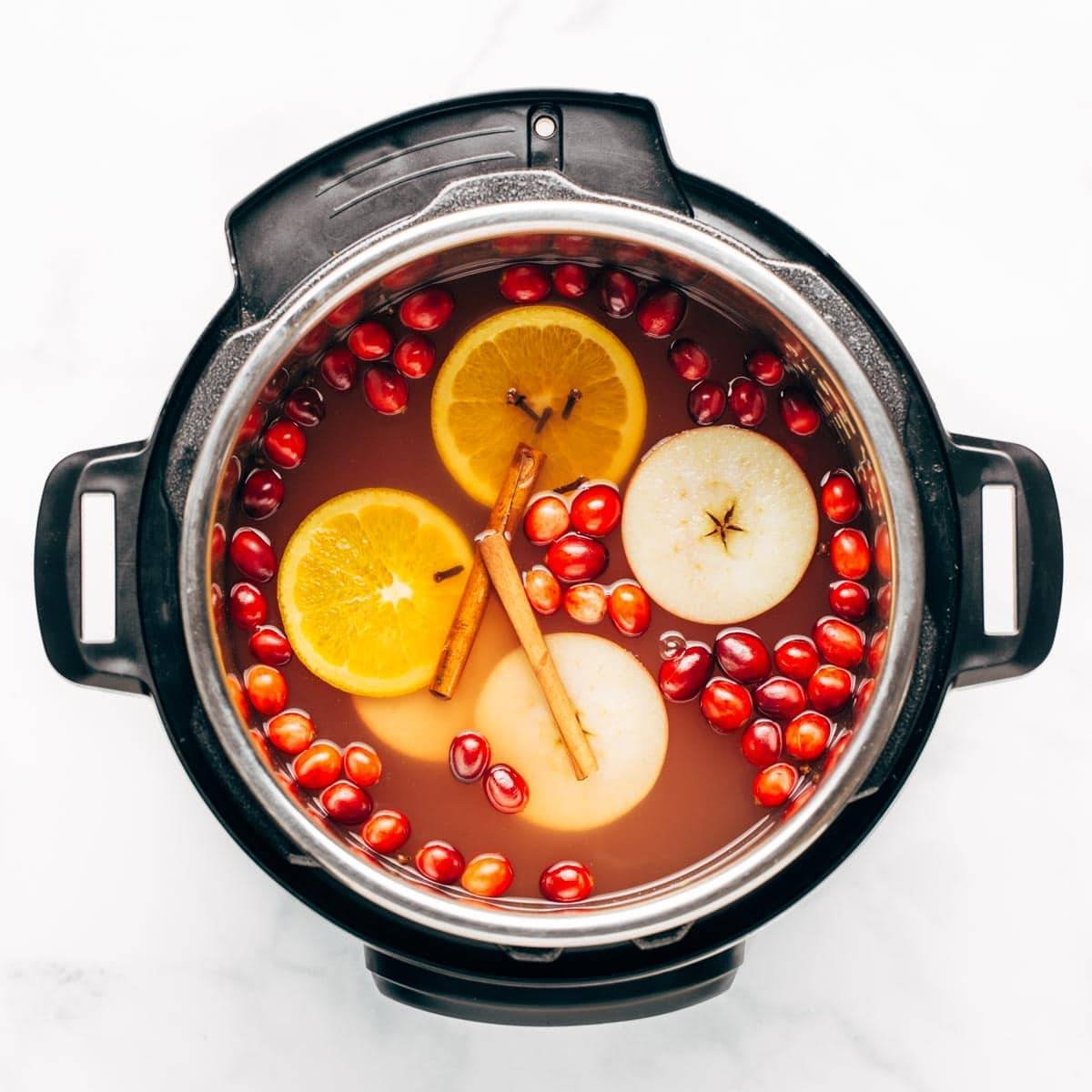 Hot cider in the Instant Pot.