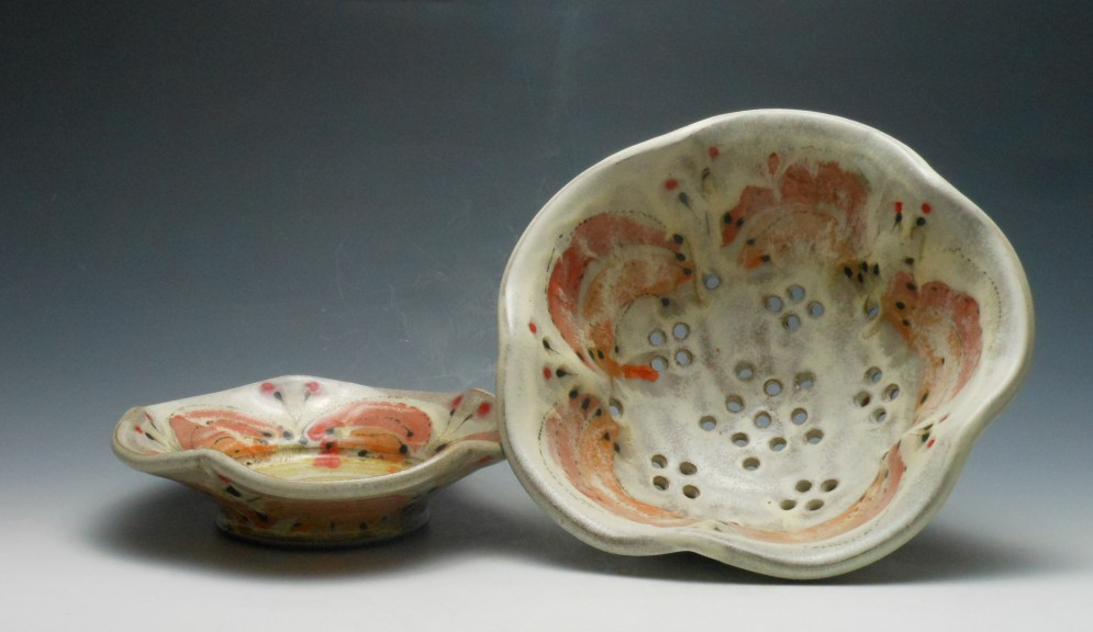 Berry Bowl (Colander)