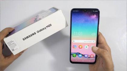 Kekurangan Samsung M20