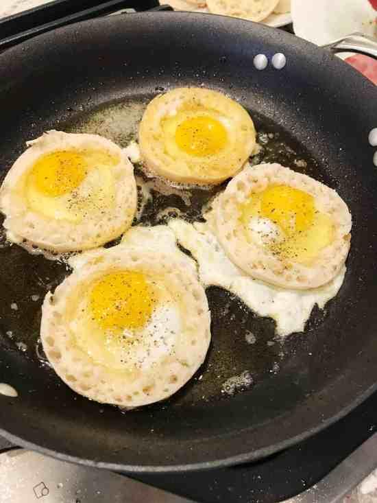 egg in a hole benedict garlic tomato hollandaise
